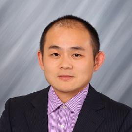 """UNI finance professor Zhongdon """"Ronnie"""" Chen"""