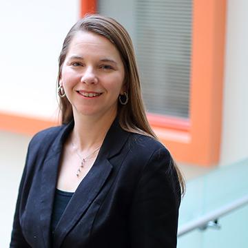 UNI professor Donna Hoffman