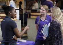 UNI business students at career fair