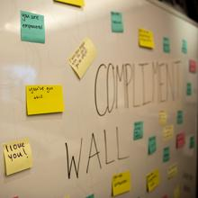 A wall of complimentary Post-it notes at the CME.
