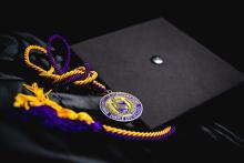 UNI graduation cap